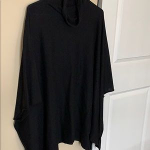 Sweaters - Black poncho